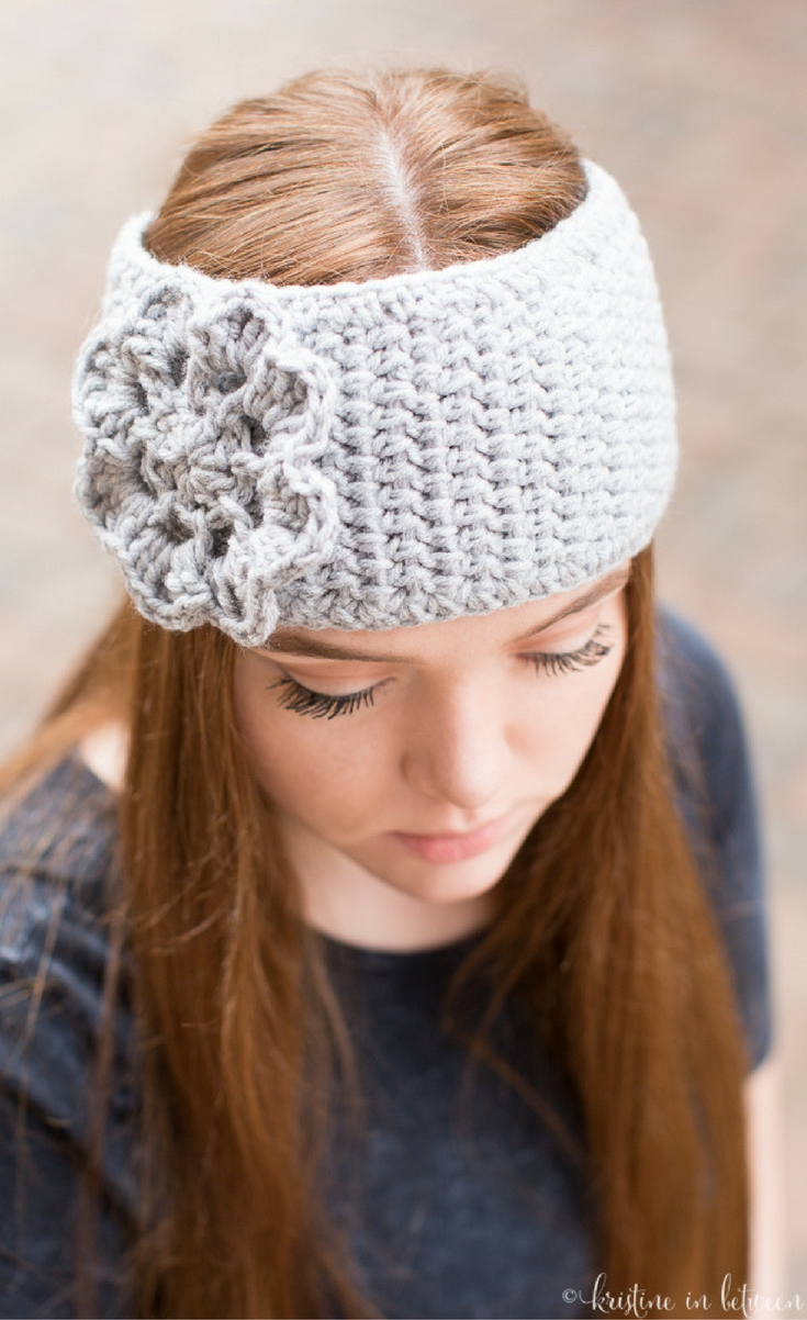 This easy crochet ear warmer is the perfect little project if you only have an hour or so!