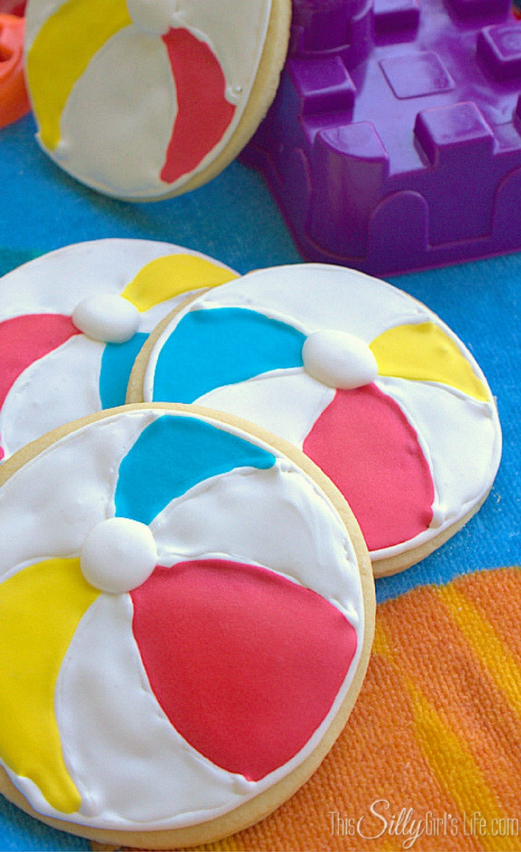 Summer is heeeere! Woot woot! That means I get to bombard you with all things summah time! And, what a more perfect post than these adorable beach ball sugar cookies?!