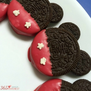 Easy Mickey Mouse Cookies