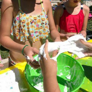 How to Throw a Slime Birthday Party