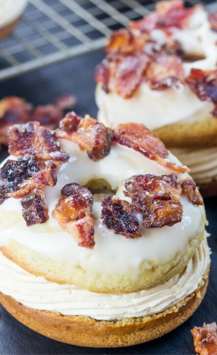 Layers of serious delicious flavor these Elvis Donut Sandwiches have all the amazing flavors of banana, peanut butter and most importantly bacon!