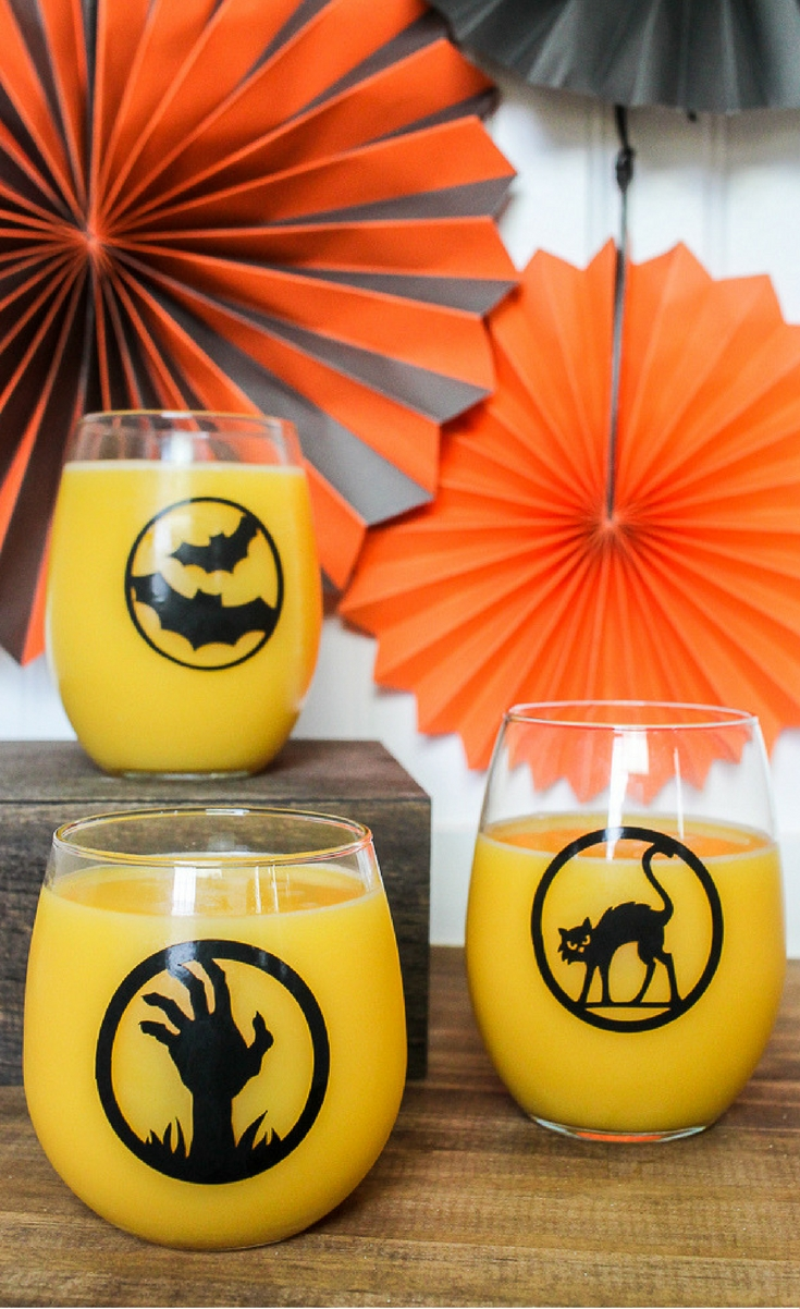 You can make a set of these DIY Halloween glasses in under 15 minutes, so you have plenty of time to party!