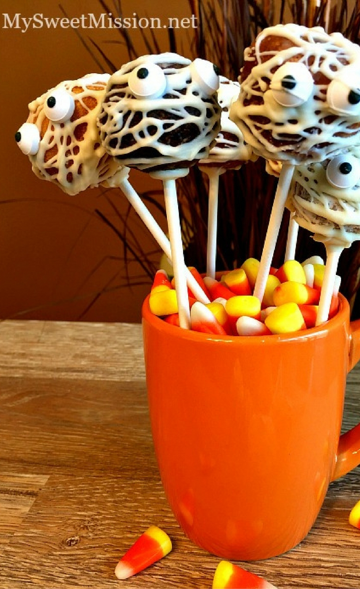 Here's a fun way to make little Mummy Pops of the World using different flavored donut holes drizzled in white chocolate. Bring them to a party and watch them magically disappear!