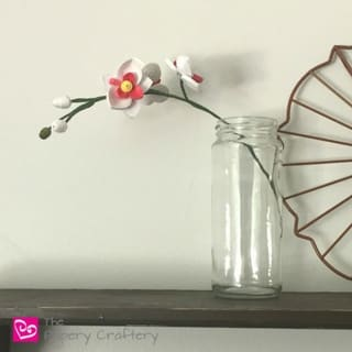 How to Make Quilling Paper Orchids