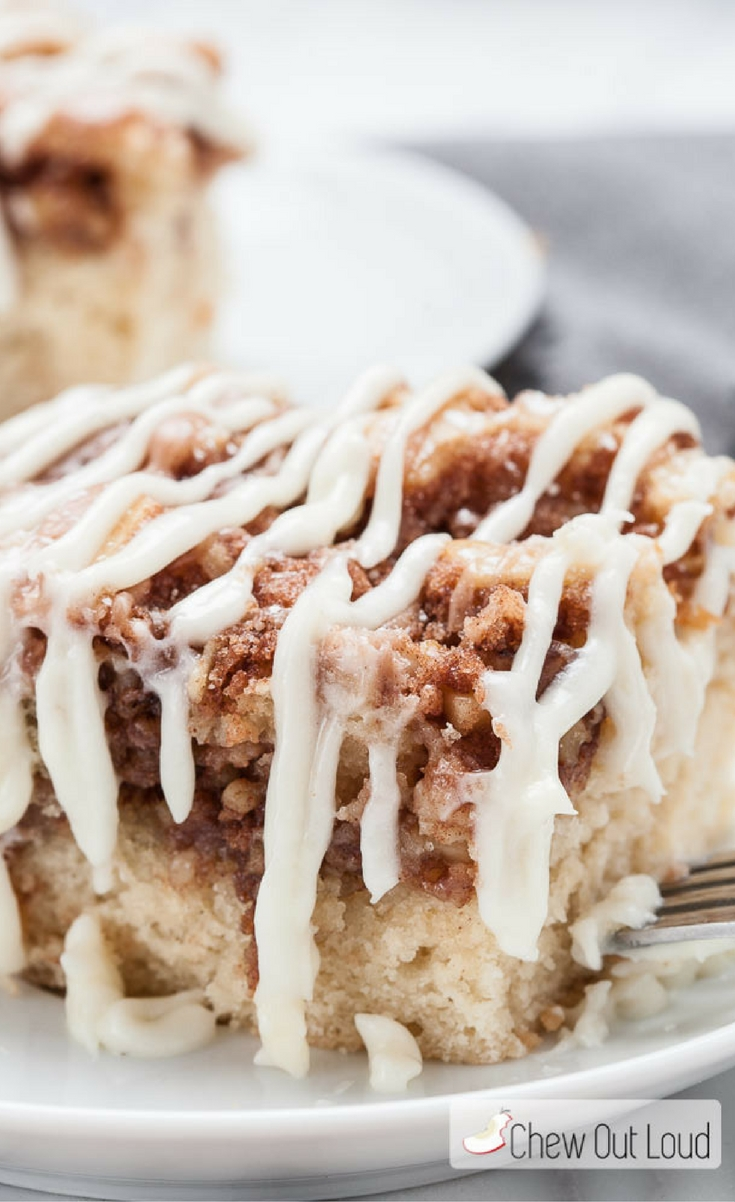 When you've got a hankering for cinnamon rolls yet you're short on time, this Cinnamon Roll Coffee Cake is just the thing. Easy, delicious, and perfect for brunch.