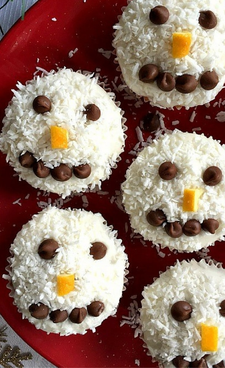 If you have kids, then this is a recipe to get them to help you. They will love to get their little hands messy, and I am sure they will be more than pleased with the final result. Not only cute, but fun to eat too.